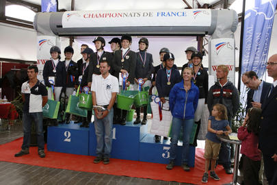 amateur team 2014 podium cce am 2 gp largeL