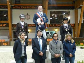 podium amateur elite largeL