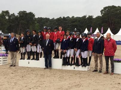 Podium Coupe des nations children largeL
