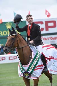 Scott Brash et Hello Sanctos 2015 Calgary largeP